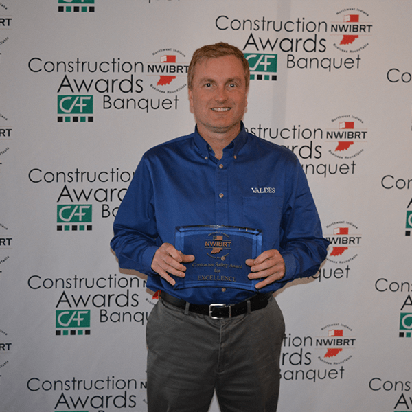 "Valdes Received ""Contractor Safety Award for Excellence"""
